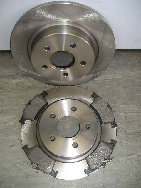 Rear Brake Discs And Pads C-Max 280mm 03-10 04- Ford Focus MK2