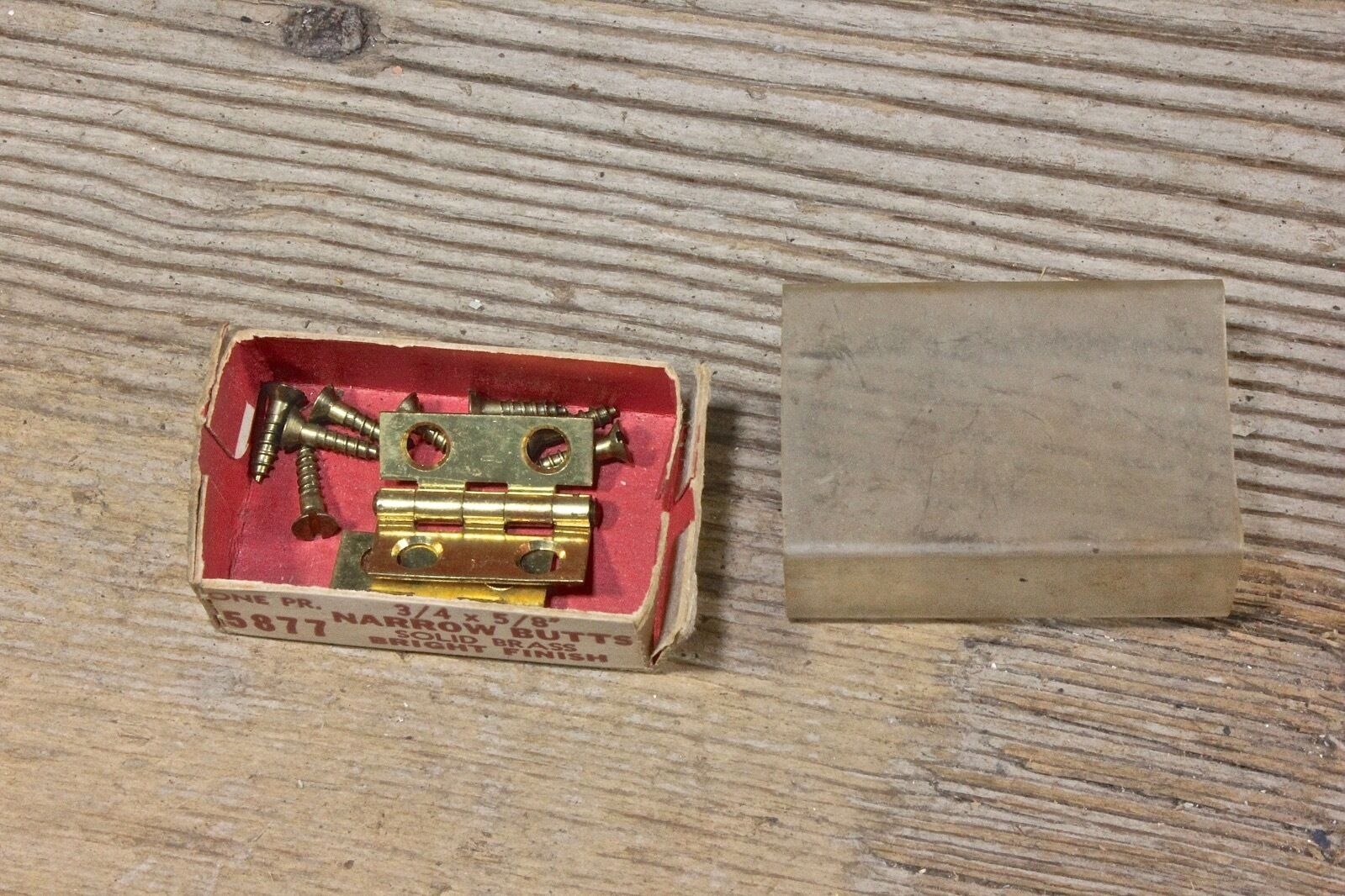 "2 door hinges NOS bright brass 3/4 x 5/8"" jewelry box narrow butt vintage screws"