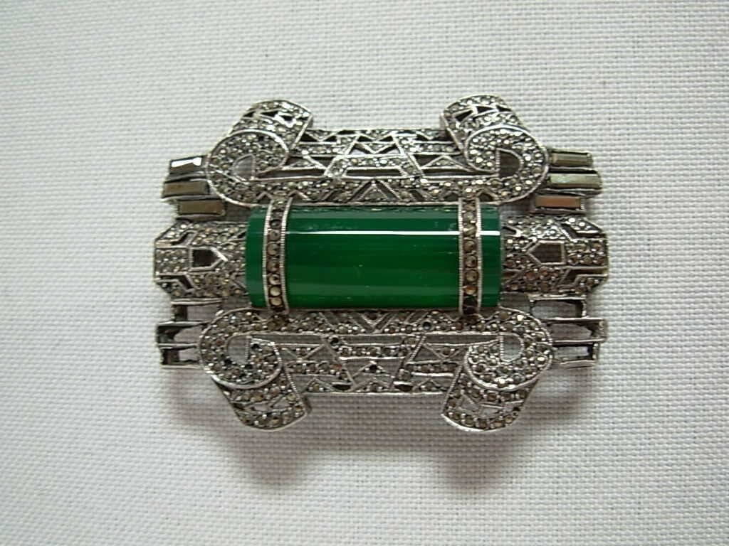 vintage art deco silver marcasite brooch pin w green bar gem made in france. Black Bedroom Furniture Sets. Home Design Ideas