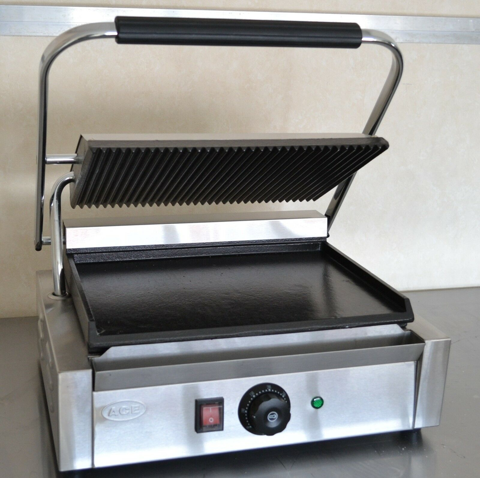 special offer new panini machine contact grill toaster. Black Bedroom Furniture Sets. Home Design Ideas