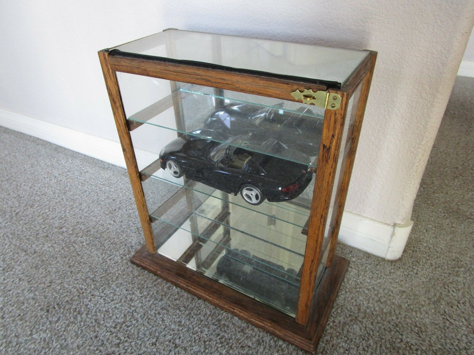 VINTAGE SOLID WOOD and 4 Glass shelf Display Case 1/18 Diecast ...