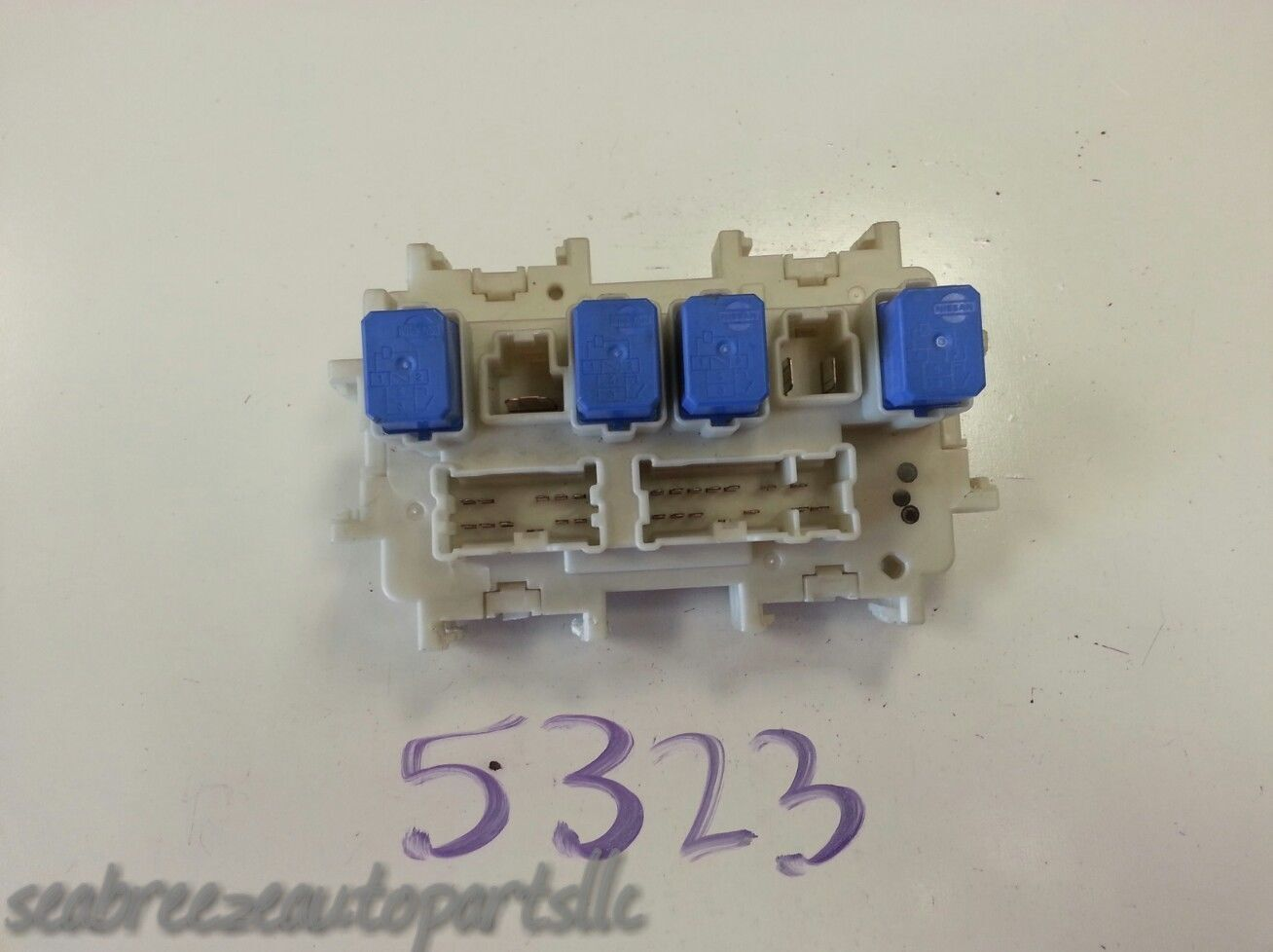 Nissan Infiniti Power Control Module Unit Relay Fuse Box Fuses Fusebox 1 of  4Only 1 available See More