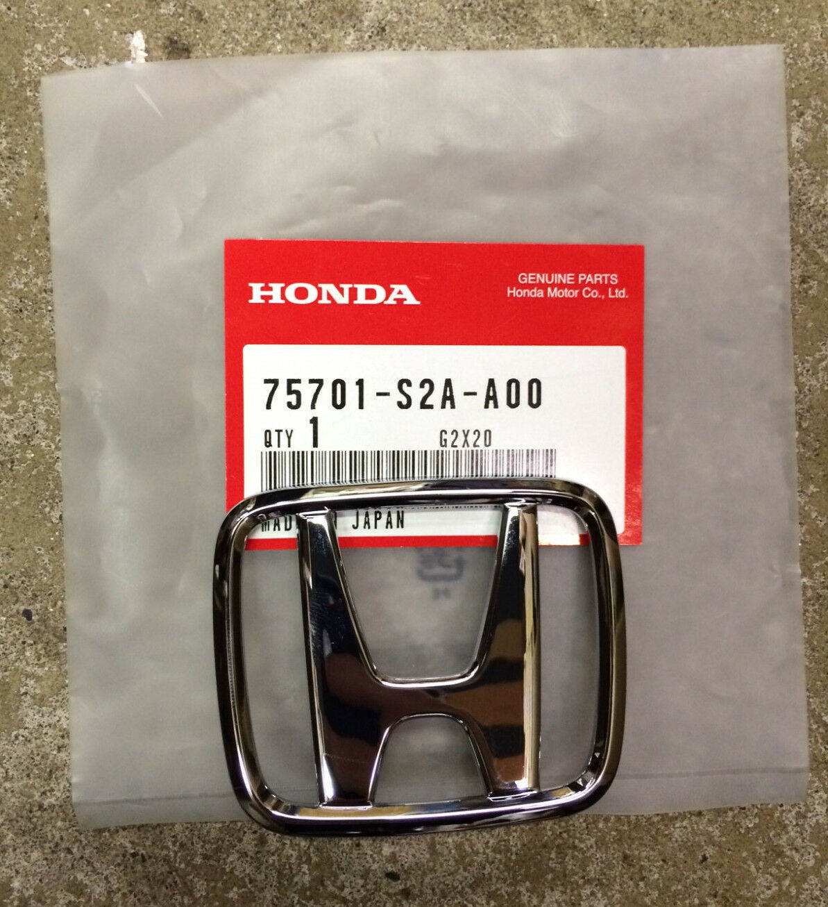 Genuine Oem Honda Cr V 1997 2001 Rear H Emblem 2995 Picclick Crv Parts Discount Factory And 1 Of 2free Shipping