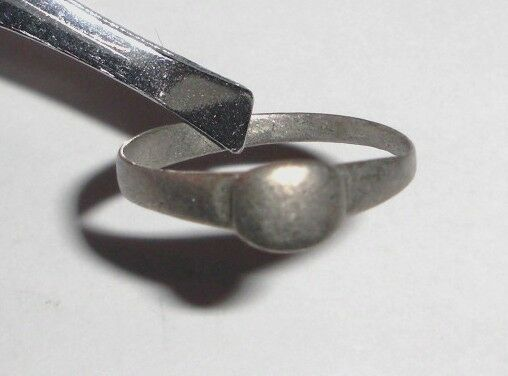 Ancient Roman Empire, 1st - 3rd c. AD. Silver ring