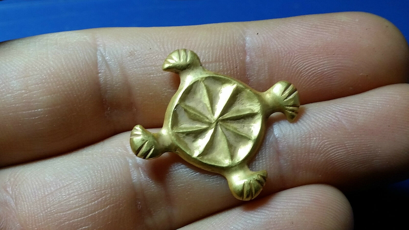 GOTHIC GOLD BROOCH 5th century AD