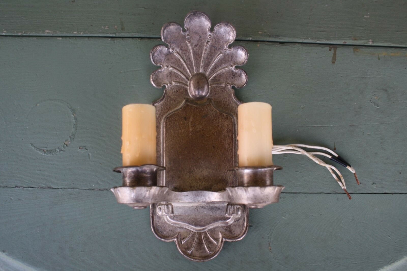 Vintage Arts Craft Period Electric Silver Plate Candle Sconce Wall Light Lamp