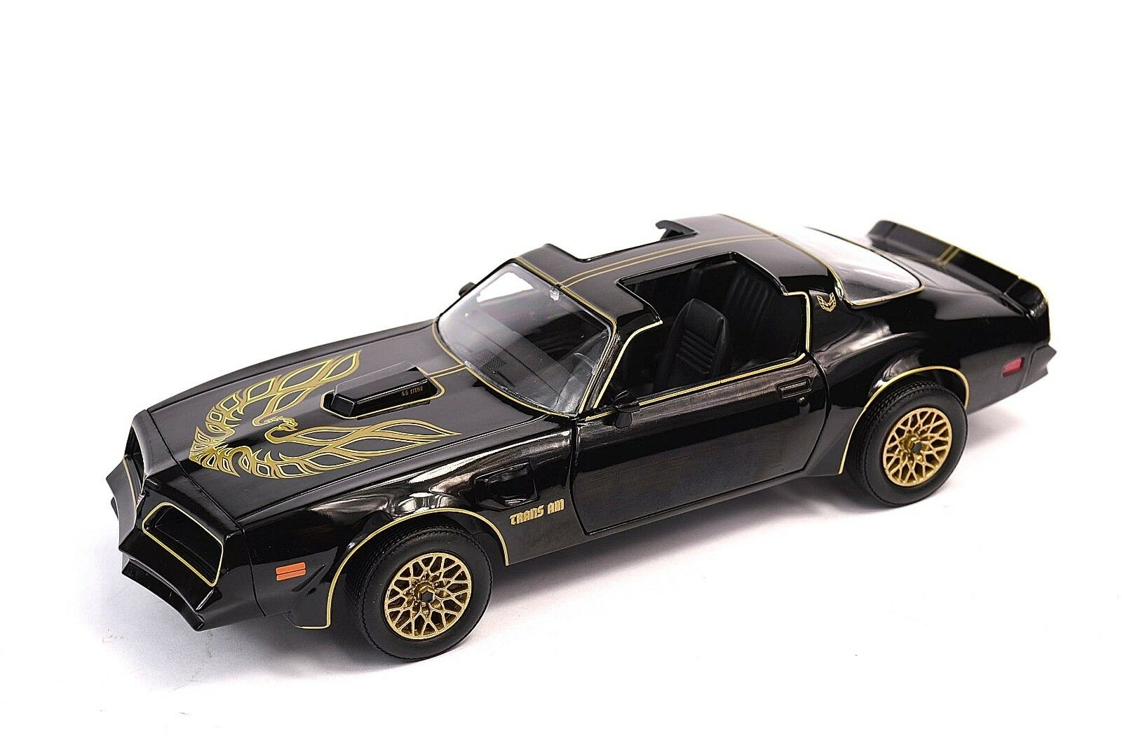 Smokey and the bandit trans am-5262
