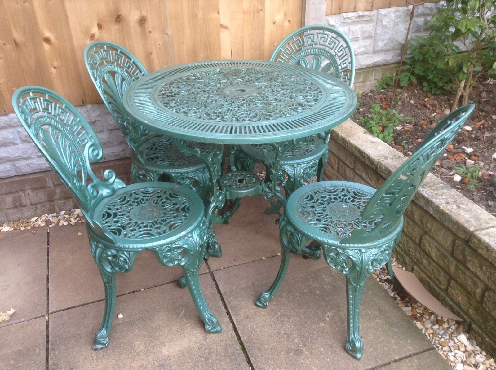 Vintage cast iron garden furniture table and chairs Cast iron garden furniture