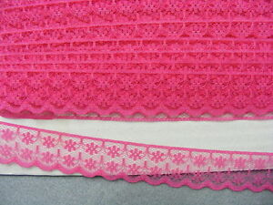 Flat Lace Hot Pink - 20 metres (133)