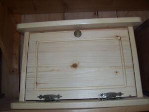 Handcrafted-Wood-Bread-Box-Kitchen-Storage-Natural