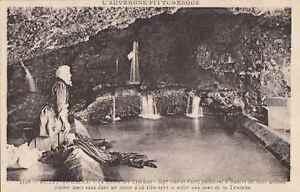 63-cpa-ROYAT-La-Grotte-de-laveuses