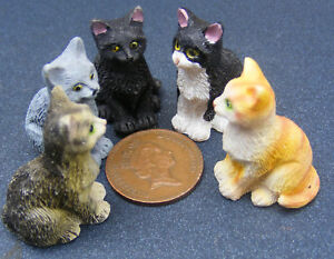 Sitting-Resin-Cat-Dolls-House-Miniature-Pet-Animal