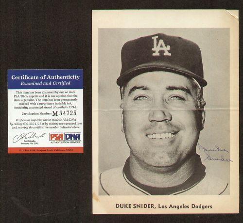 Duke Snider Autographe Signé la Dodgers 5x7 Photo PSA
