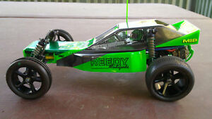 VINTAGE-RC10-RC-10-CHENOWTH-BODY-AND-WING