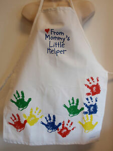 Childrens-Mommys-Little-Helper-Painted-Hands-Cooking-Apron-Fame-Fabrics-White