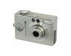 Canon IXUS V2 / PowerShot Digital ELPH S200 2.0MP Digital Camera - Silver