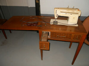 SINGER-STYLIST-513-SEWING-MACHINE-WITH-TABLE