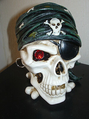 PIRATE SKULL WITH GEM EYE AND EARRING ASHTRAY OR TRINKET BOX 16CM TALL 13CM WIDE