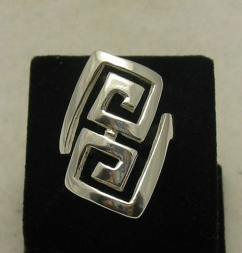 STYLISH STERLING SILVER RING SOLID 925 NEW SIZE 3.5-10