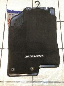 2014 hyundai sonata floor mats carpet all weather. Black Bedroom Furniture Sets. Home Design Ideas