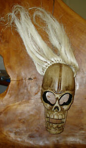 Wooden-skull-mask-white-hair-27-cm-high-Fair-Trade-hand-carved-in-Bali-new