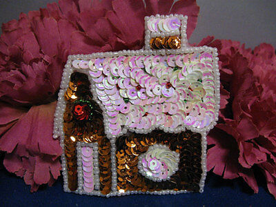CHRISTMAS GINGERBREAD HOUSE SEQUIN BEADED APPLIQUE 2348-K