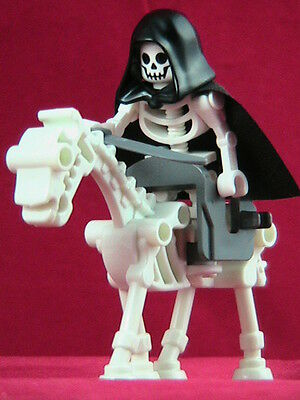 LEGO Minifigure APOCALYPSE Skeleton RIDER & HORSE ~  Glow-in-Dark Horse  **NEW**