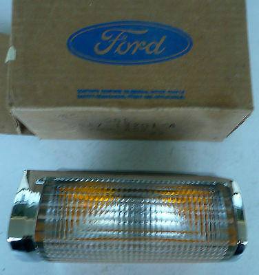1979 1980 1981 Large Ford LH Park Light Assembly D9AZ-13201-A 79FD