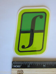 3-034-FORUM-Green-Black-Ski-Snowboard-Race-Rack-Ride-DECAL-STICKER-FREE-SHIPPING