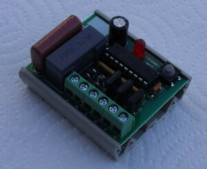 Traffic-Light-Signal-Sequencer-Controller-3-output-G-Y-R-self-adhesive