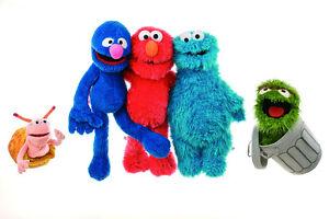 1a0dc11fe0 Das Bild wird geladen Sesamstrasse-Handpuppe-Ernie-Bert-Grobi-Kruemelmonster -40-45-