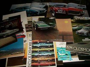 1970S-GM-CAR-CATALOG-LOT-OF-23-TOTAL-CLASSIC-CARS-L870