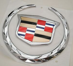 cadillac escalade ext 2002 03 2004 05 2006 rear emblem. Black Bedroom Furniture Sets. Home Design Ideas