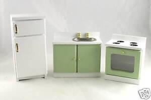 Dollhouse-Miniature-Green-amp-White-Kitchen-Set