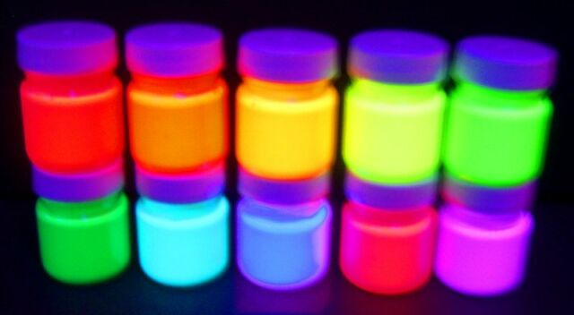 Fluorescent Party Ultraviolet Blacklight UV Reactive glowing paint