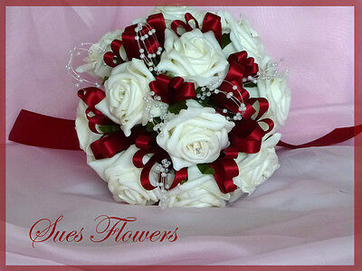 Small Bridesmaid Bouquet in Red and Ivory