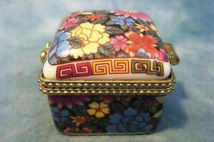 Porcelain Floral Design TRINKET TREASURE JEWELRY BOX