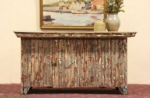 Country-Wainscoting-Painted-Counter-or-Kitchen-Island
