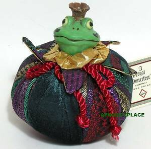 Charming-Royal-Winterfest-Frog-Prince-Russ-Berrie-NWT
