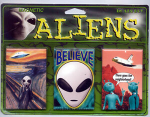 New-Alien-Magnet-Set-of-3-Magnets-Aliens-Spaceship-UFO