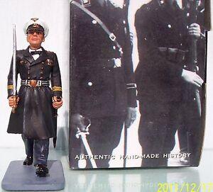KING & COUNTRY LEIBSTANDARTE LAH095 KRIEGSMARINE MARCHING OFFICER MIB