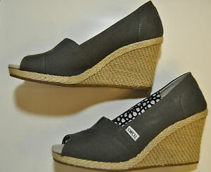 Toms-Canvas-Ash-Calypso-Open-Toe-Wedge-shoes-women-Size-11