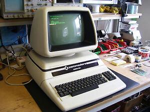 ULTRA-RARE-VINTAGE-PORSCHE-COMMODORE-PET-8096-SK-COMPUTER-VGC