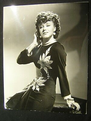 Glamour GINGER ROGERS ROXIE HART w/CREDIT 11x14 OVERSIZED PHOTO OS57