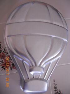 Wilton Cake Decorating Balloons : WILTON UP N AWAY Balloon Cake PAN 1982 502-3169 +Printable ...