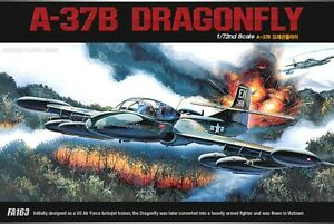 1-72-A-37B-DRAGONFLY-ACADEMY-MODEL-KIT-1663