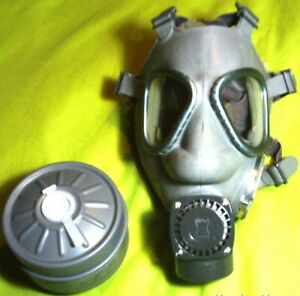 2-Brand-New-Finnish-M61-Military-Gas-Mask-w-NOKIA-Amplifiers-Two-60mm-Filters