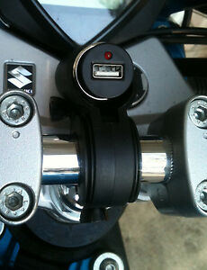 Motorcycle-Handlebar-Mount-12V-USB-Power-Supply-and-Weather-Cap