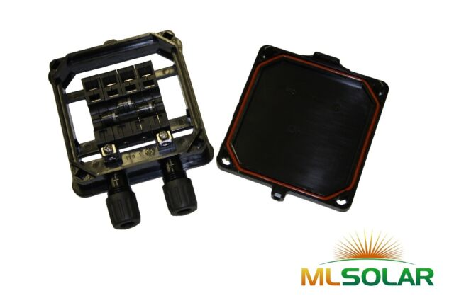 Solar Panel Junction Box Profesional Grade Diodes, IP65