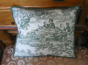Green-Cream-Toille-Print-Pillow-15-x-12-PL67